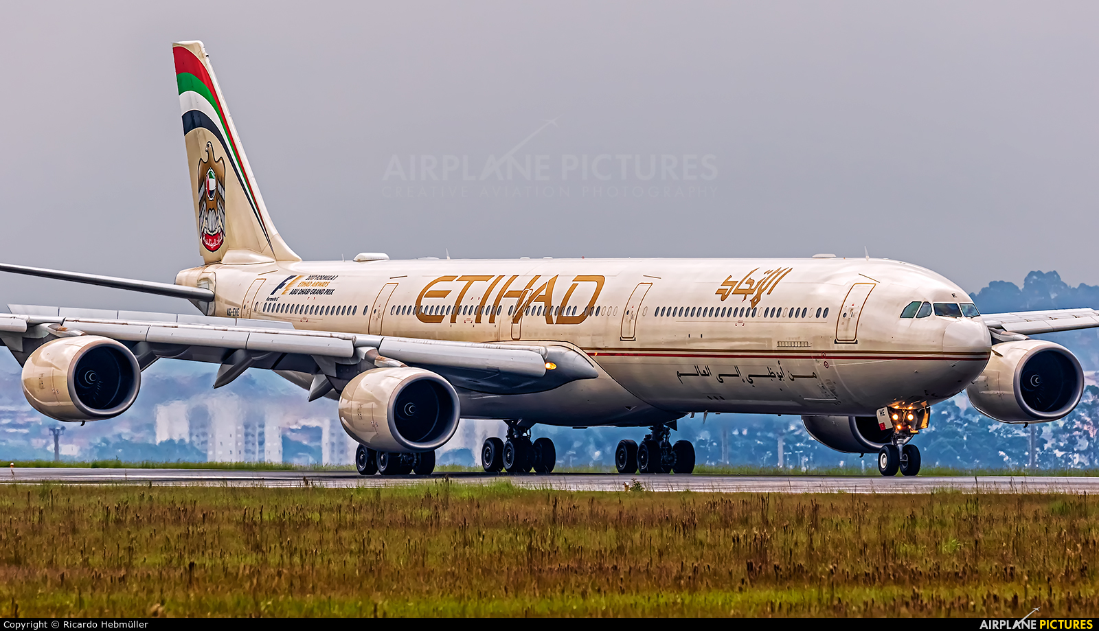 Etihad Airways A6-EHE aircraft at São Paulo - Guarulhos