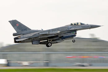4045 - Poland - Air Force Lockheed Martin F-16C Jastrząb