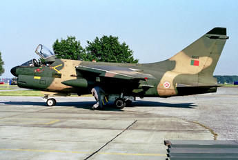 5521 - Portugal - Air Force LTV TA-7P Corsair II