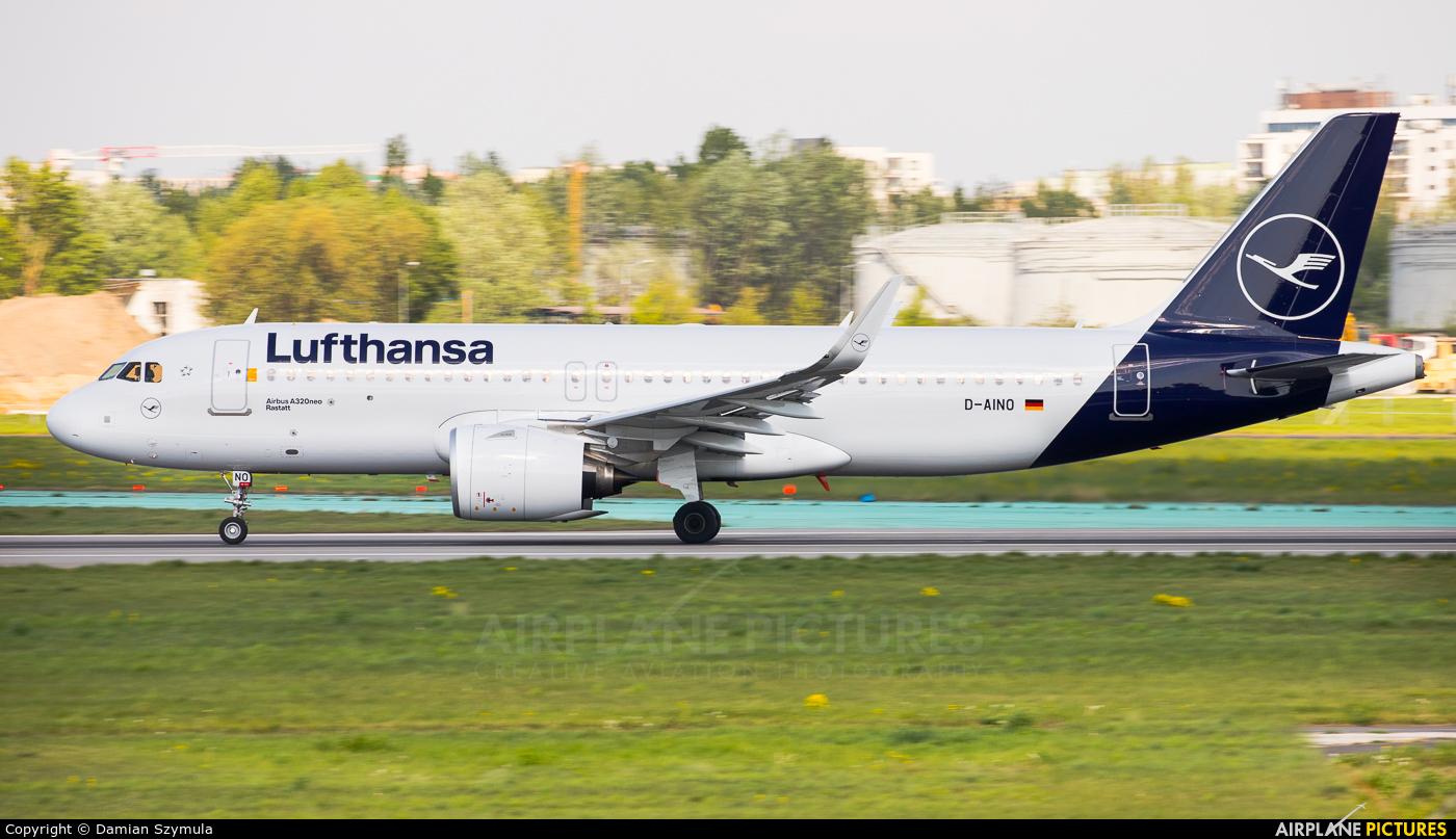 Lufthansa D-AINO aircraft at Warsaw - Frederic Chopin