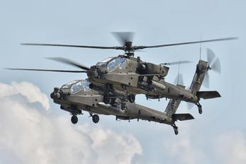 73153 - USA - Army Boeing AH-64D Apache
