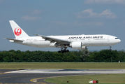Japan Airlines Boeing 777 visited Budapest title=