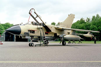 MM7066 - Italy - Air Force Panavia Tornado - ECR