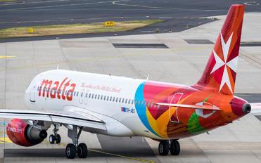 9H-AEK - Air Malta Airbus A320