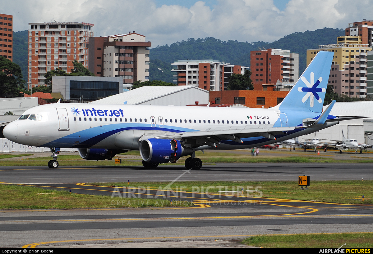 Interjet XA-UNO aircraft at Guatemala - La Aurora