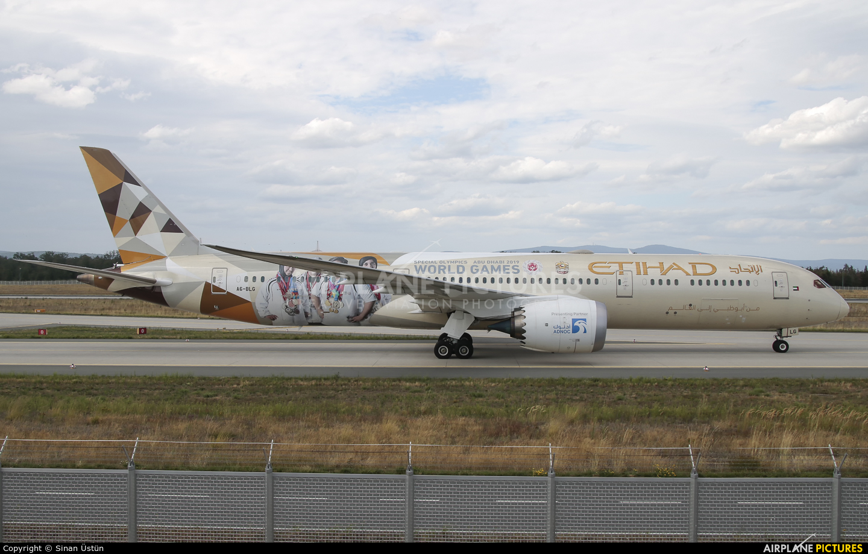 Etihad Airways A6-BLG aircraft at Frankfurt