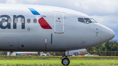 N992AN - American Airlines Boeing 737-800