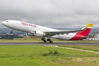EC-MKI - Iberia Airbus A330-200