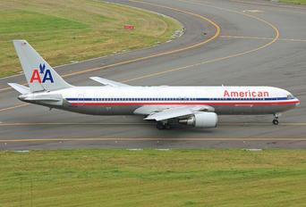 N382AN - American Airlines Boeing 767-300ER