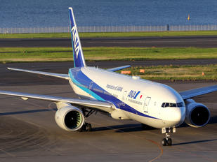 JA709A - ANA - All Nippon Airways Boeing 777-200ER
