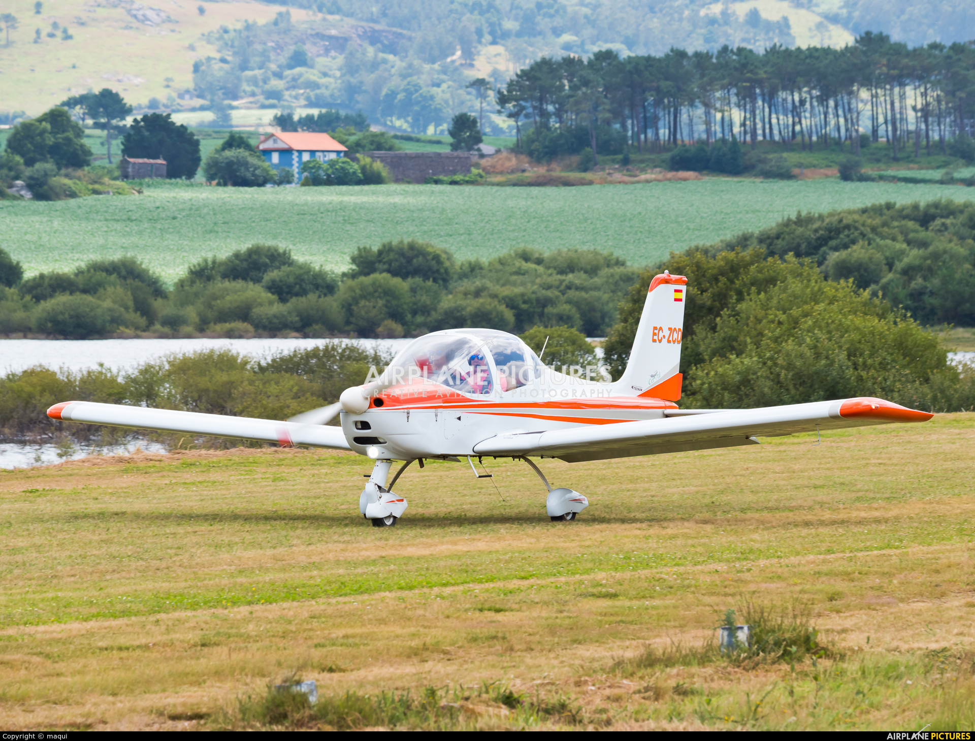 Private EC-ZCD aircraft at Aerodromo De Mazaricos