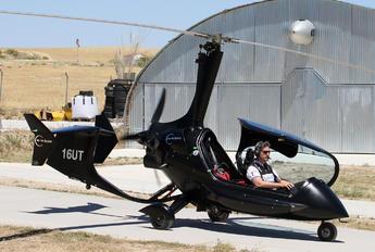16-UT - Private ELA Aviacion 10 Eclipse