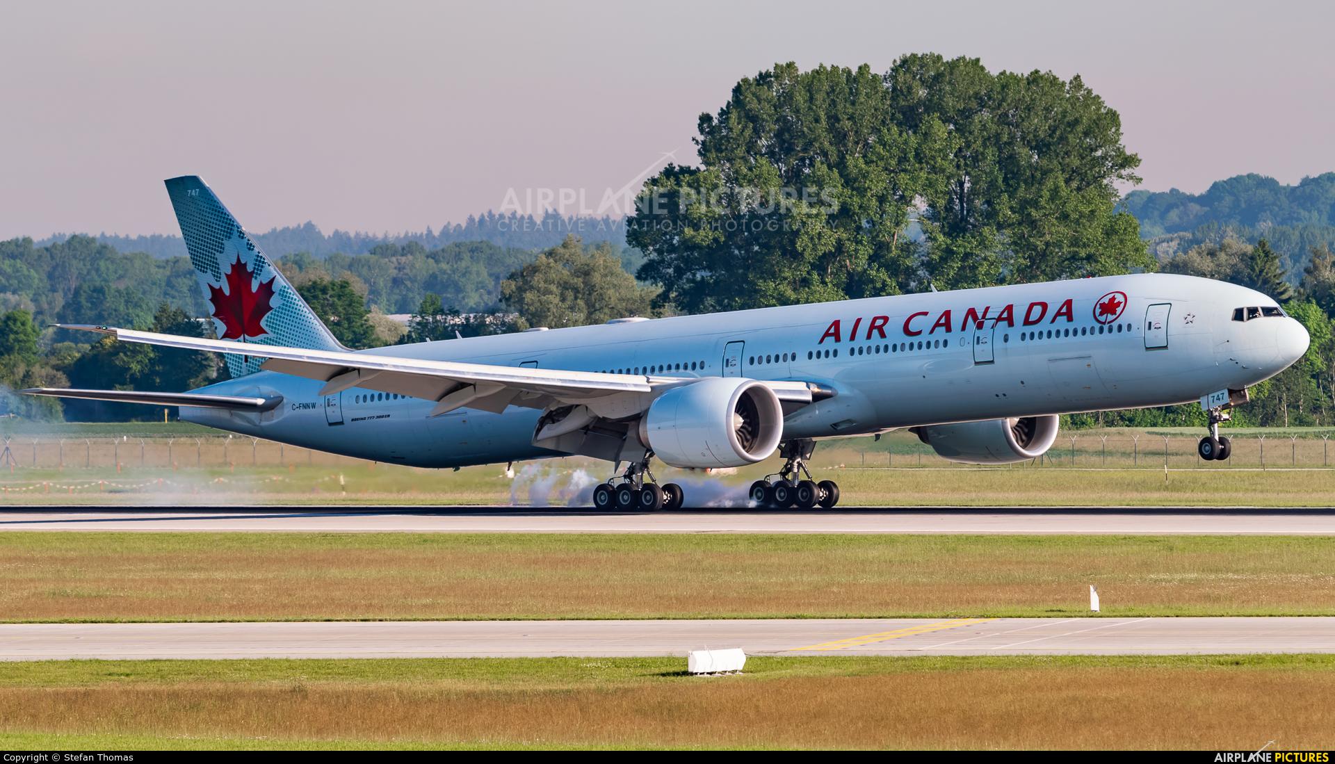 Air Canada C-FNNW aircraft at Munich