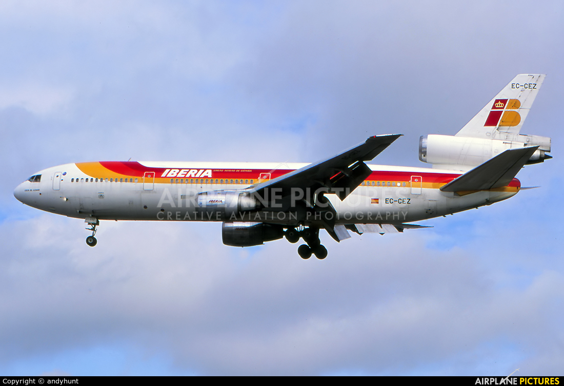 Iberia EC-CEZ aircraft at HKG - Kai Tak Intl CLOSED