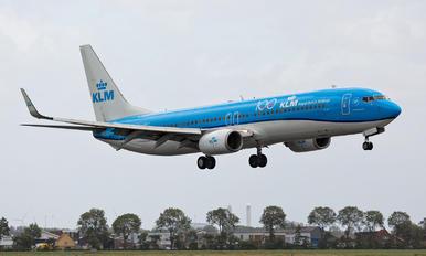 PH-BXT - KLM Boeing 737-900
