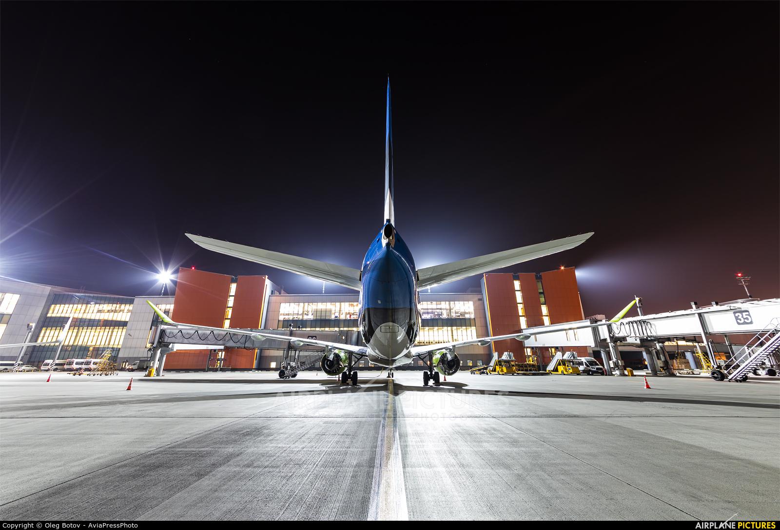 Air Baltic YL-CSJ aircraft at Moscow - Sheremetyevo