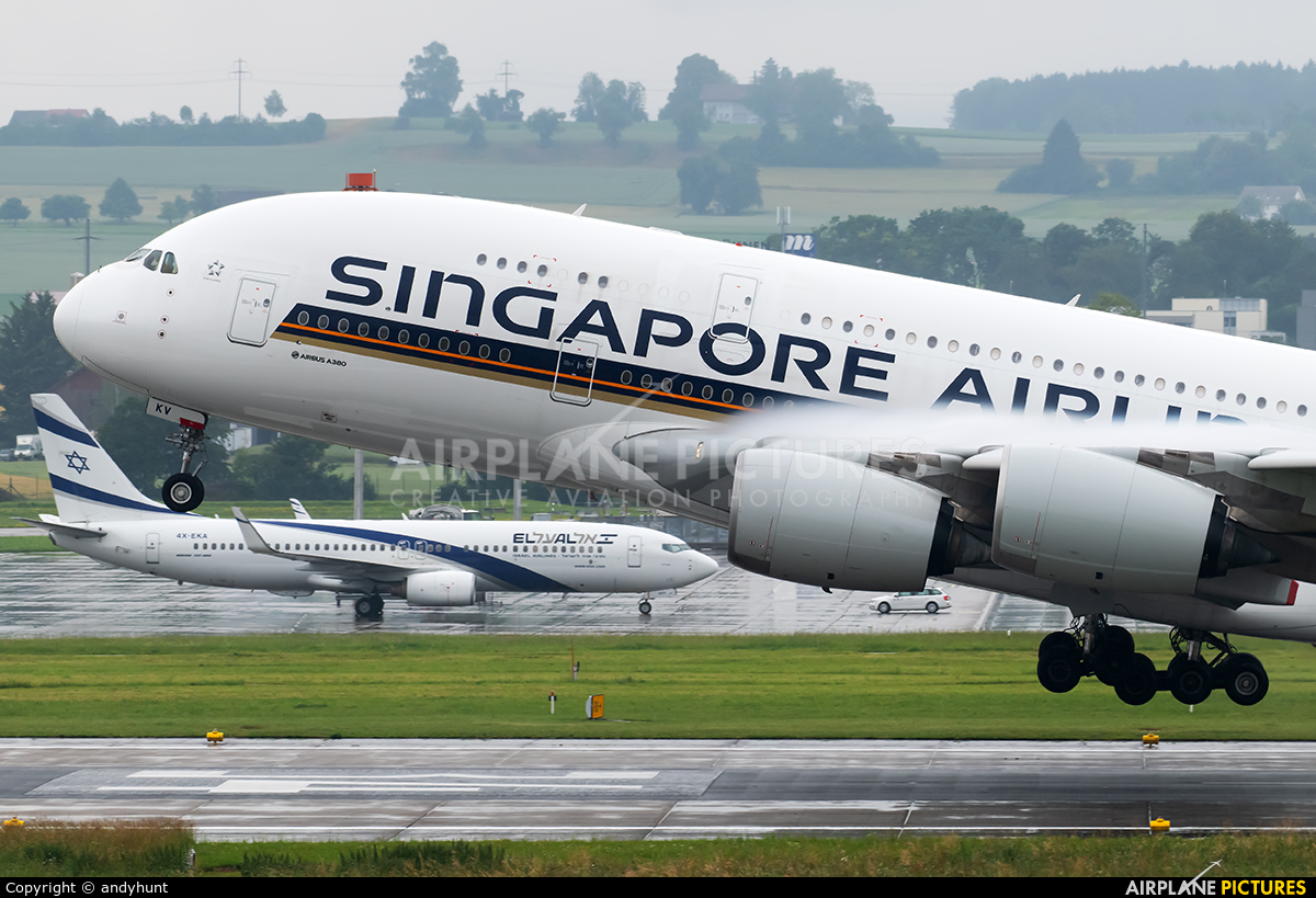 Singapore Airlines 9V-SKV aircraft at Zurich
