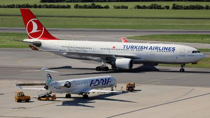 TC-JIL - Turkish Airlines Airbus A330-200