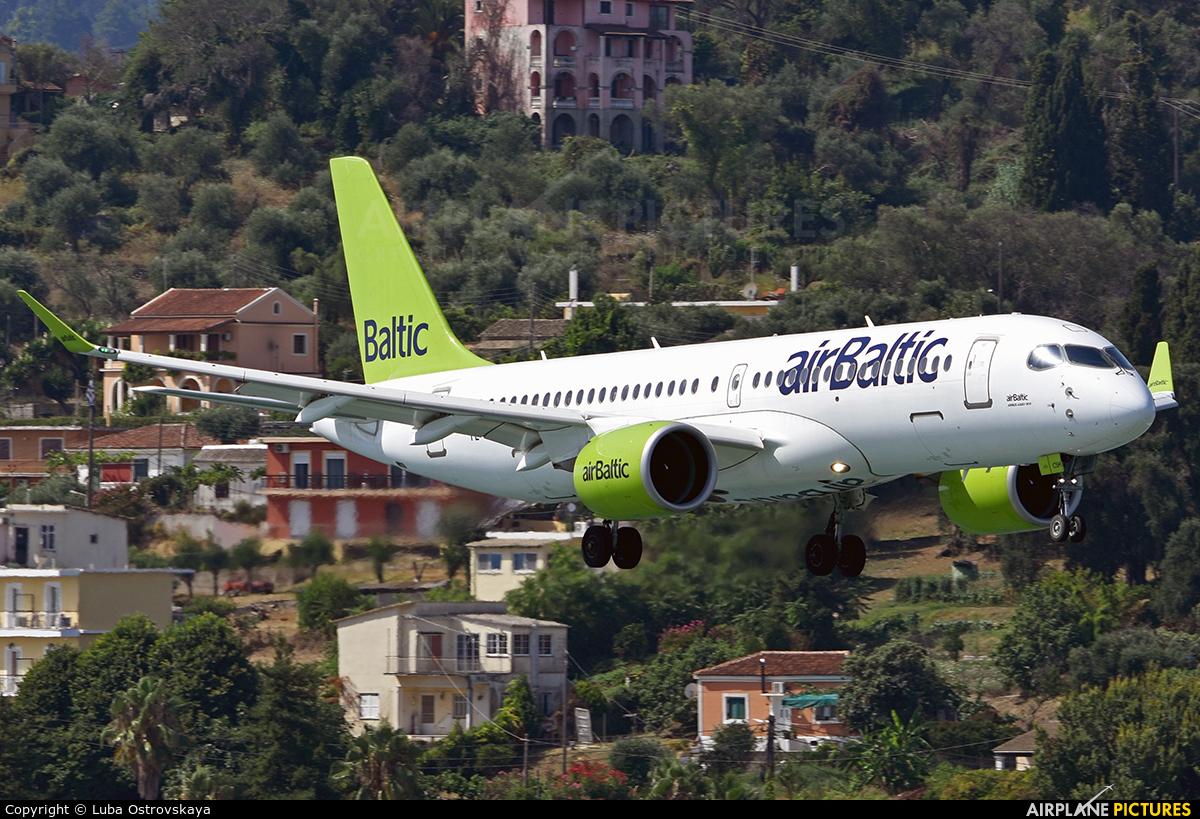 Air Baltic YL-CSH aircraft at Corfu - Ioannis Kapodistrias