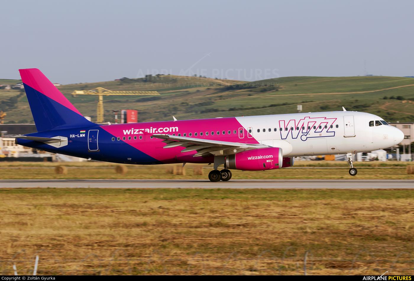 Wizz Air HA-LWM aircraft at Cluj Napoca - Someseni