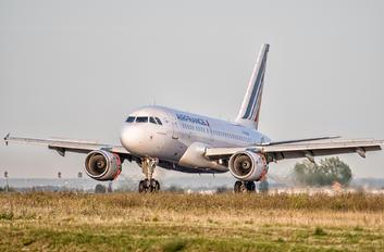 F-GUGO - Air France Airbus A318