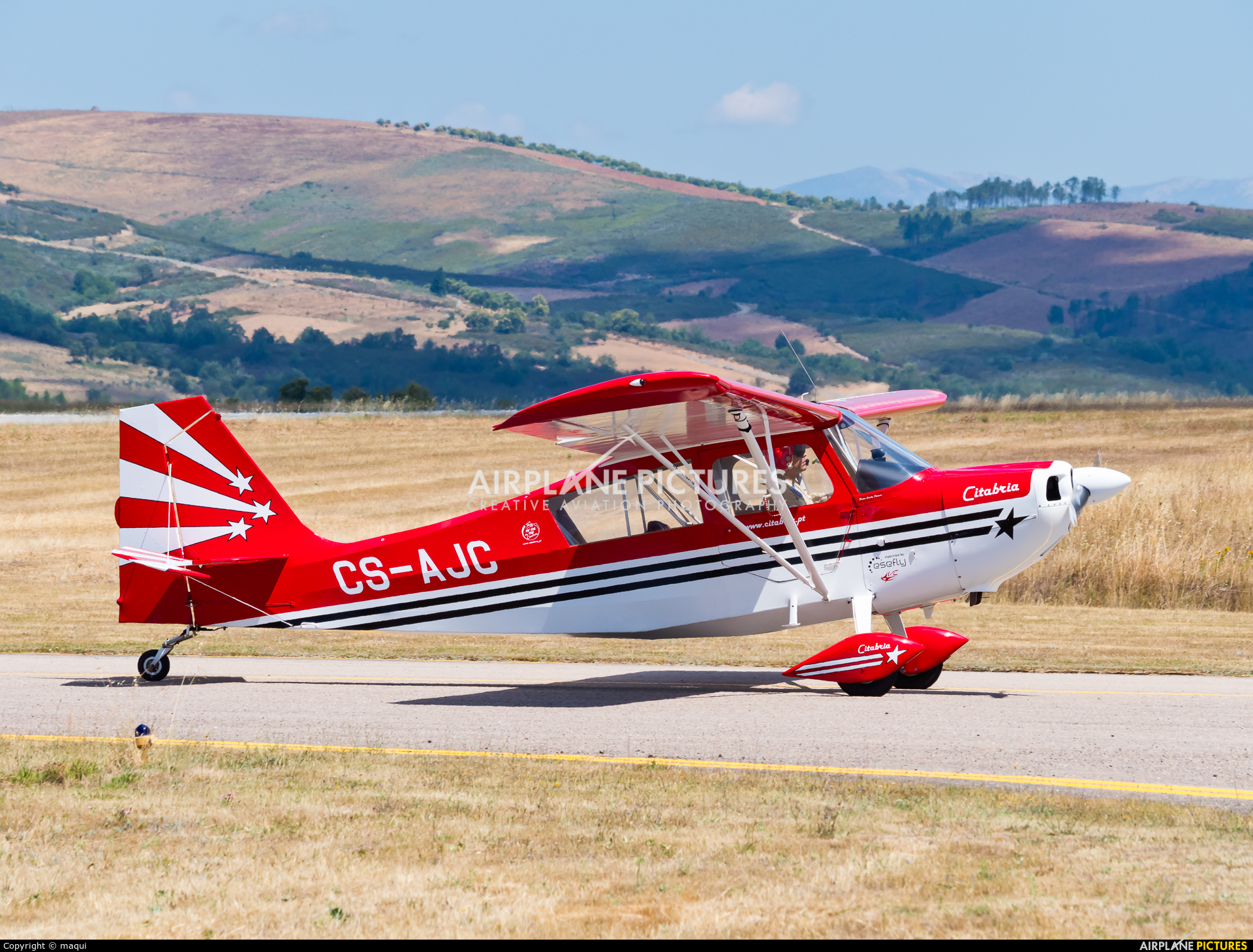 Private CS-AJC aircraft at Bragança