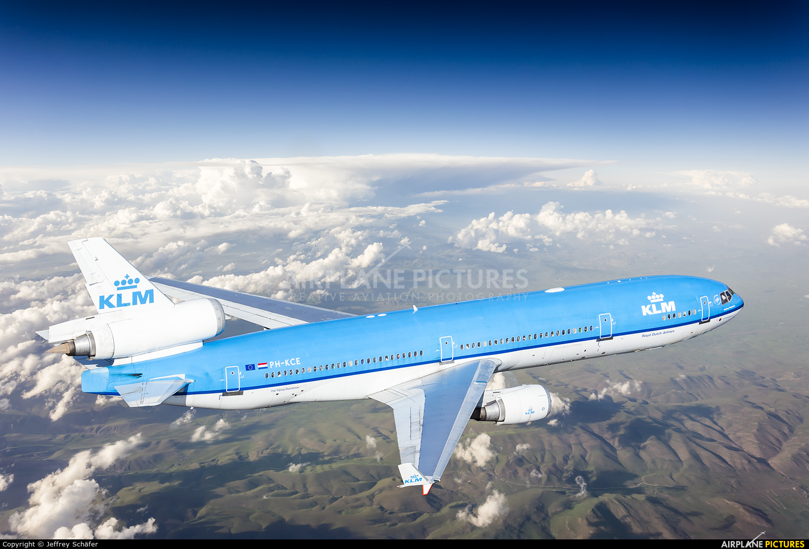 KLM PH-KCE aircraft at In Flight - International