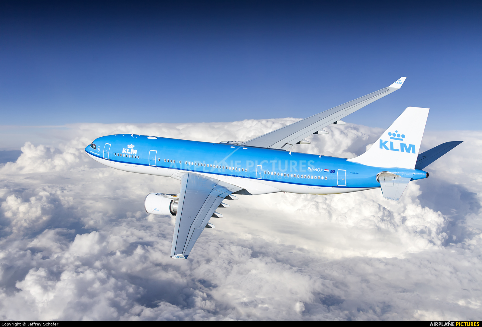 KLM PH-AOF aircraft at In Flight - International