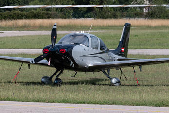 OE-DES - Private Cirrus SR-22 -GTS