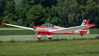 D-KNIF - Private Scheibe-Flugzeugbau SF-25 Falke