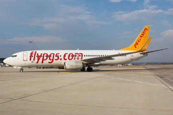 TC-IZK - Pegasus Boeing 737-800