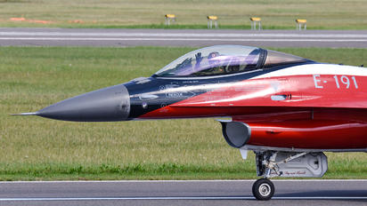 E-191 - Denmark - Air Force General Dynamics F-16A Fighting Falcon