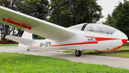 SP-3711 - Private PZL SZD-9 Bocian