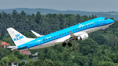 PH-EXU - KLM Cityhopper Embraer 170-200 STD