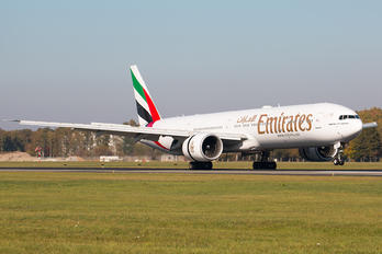 A6-ECI - Emirates Airlines Boeing 777-300ER