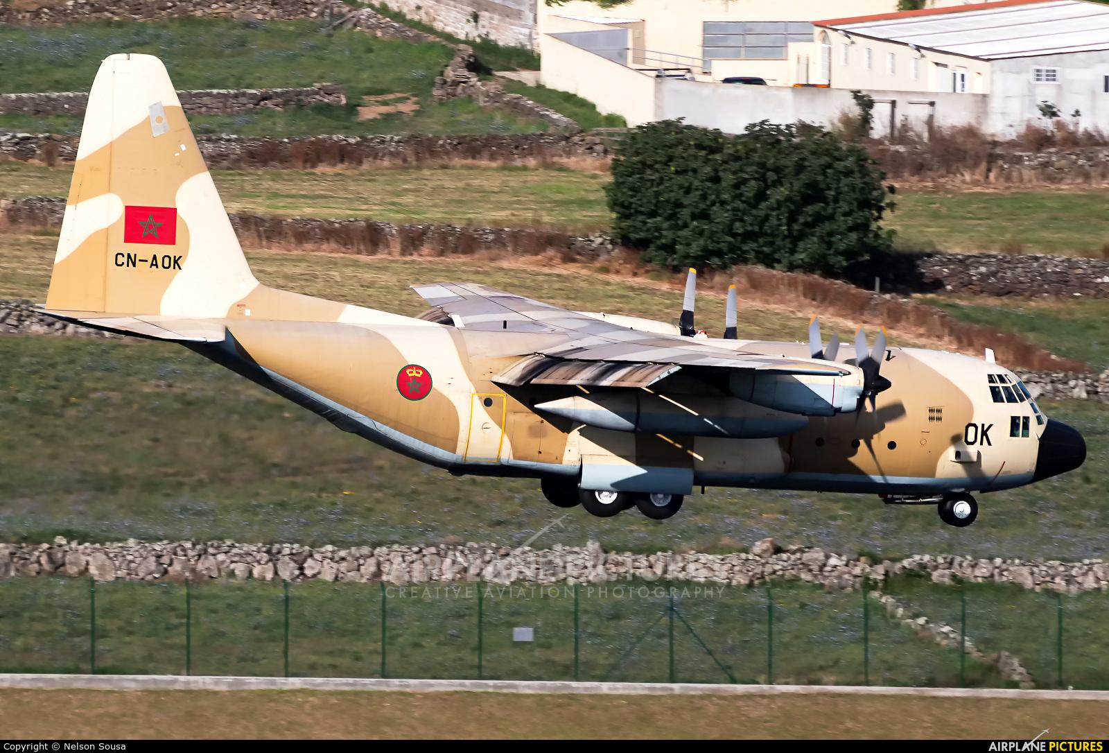 FRA: Photos d'avions de transport - Page 38 1226248