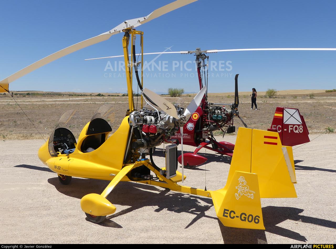 Private EC-GO6 aircraft at Camarenilla