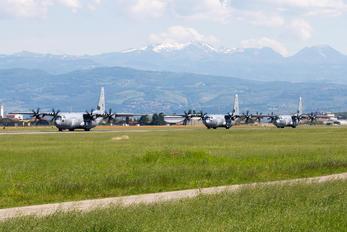 16-5840 - USA - Air Force Lockheed C-130J Hercules