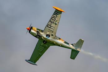 D-EDUR - Senheiser Aviation Headsets SIAI-Marchetti SF-260