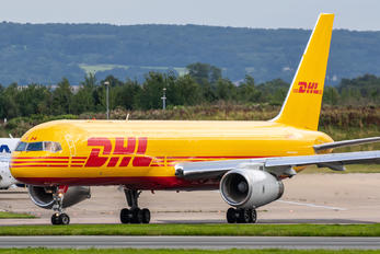 G-DHKN - DHL Cargo Boeing 757-223(SF)