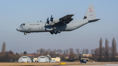 YI-305 - Iraq - Air Force Lockheed C-130J Hercules