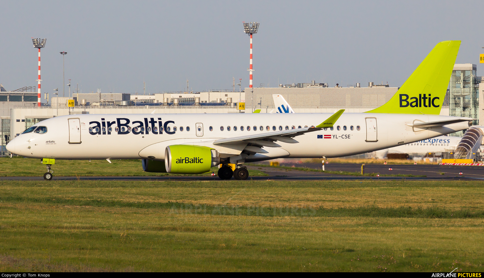 Air Baltic YL-CSE aircraft at Düsseldorf