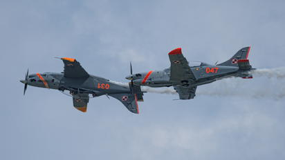 "047 - Poland - Air Force ""Orlik Acrobatic Group"" PZL 130 Orlik TC-1 / 2"