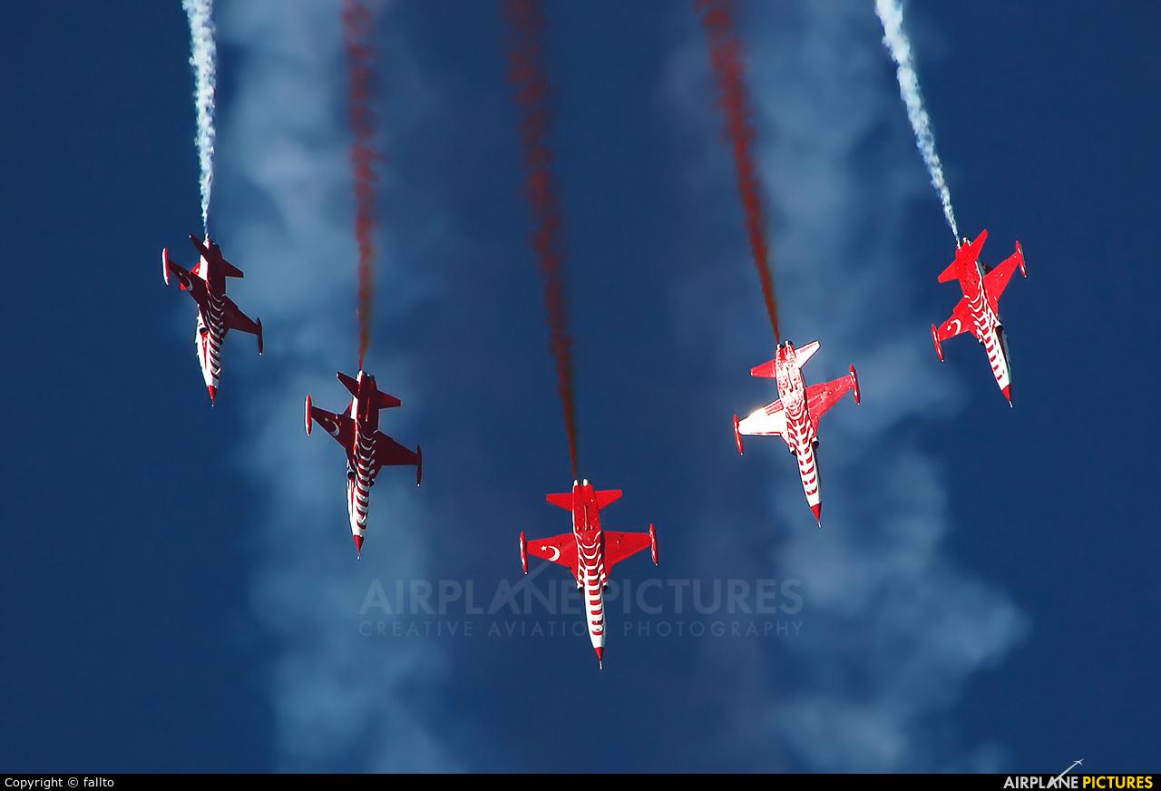 Turkey - Air Force : Turkish Stars 70-3046 aircraft at Kecskemét