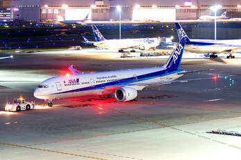 JA884A - ANA - All Nippon Airways Boeing 787-9 Dreamliner
