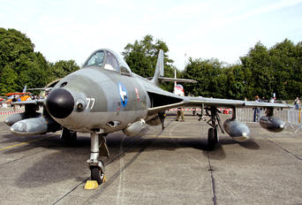J-4077 - Switzerland - Air Force Hawker Hunter F.58