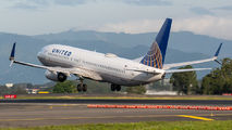N12238 - United Airlines Boeing 737-800 aircraft