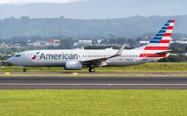 N852NN - American Airlines Boeing 737-800