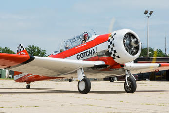 N5199V - Private North American Harvard/Texan (AT-6, 16, SNJ series)