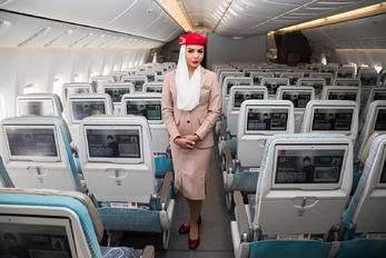 A6-EQH - - Aviation Glamour - Aviation Glamour - Flight Attendant